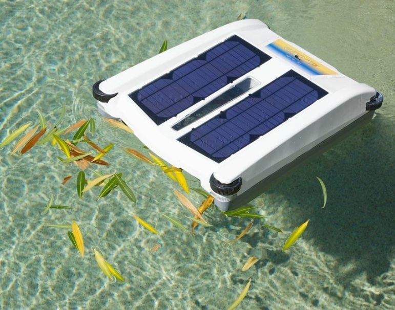 Solar Breeze Robotic Pool Skimmer Review Robotic Pool