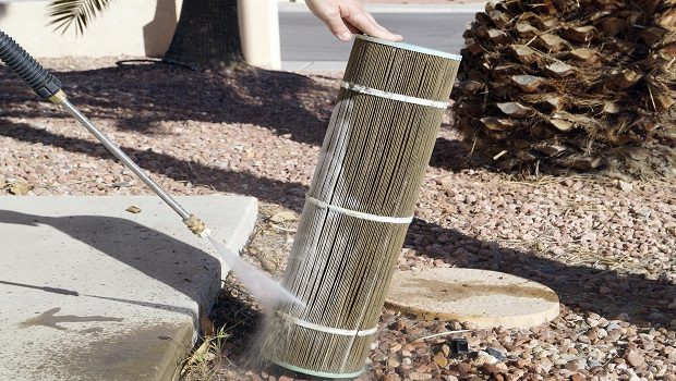 Maintaining & Cleaning Your Pool Filter